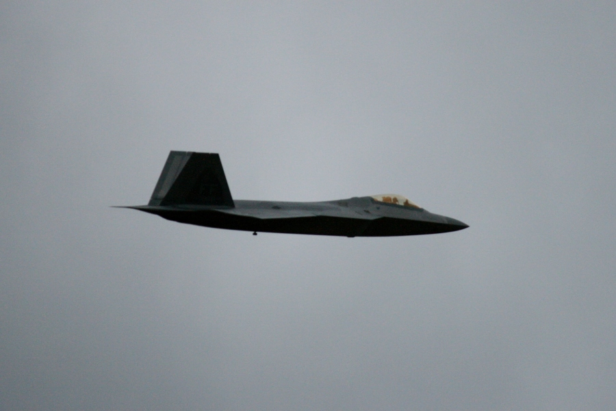 F-22 in flight thunder over louisville 2011