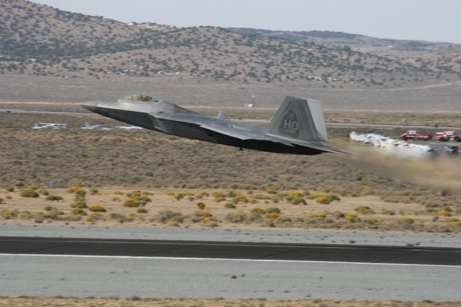 F-22 raptor takeoff reno air races 2012