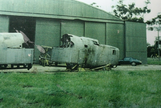B-24 restoration arrives in Werribee in 1995 B-24 Liberator Restoration Fund
