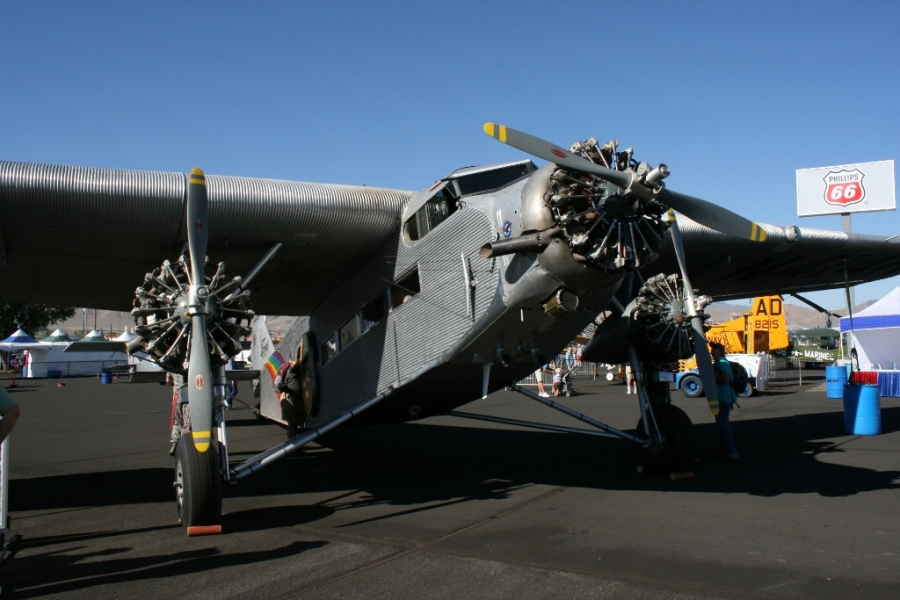 Ford Trimotor - reno air races heritage trophy 2012
