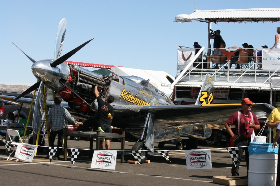 """Precious Metal"" a heavily modified P-51 Mustang Reno Air Races 2012"