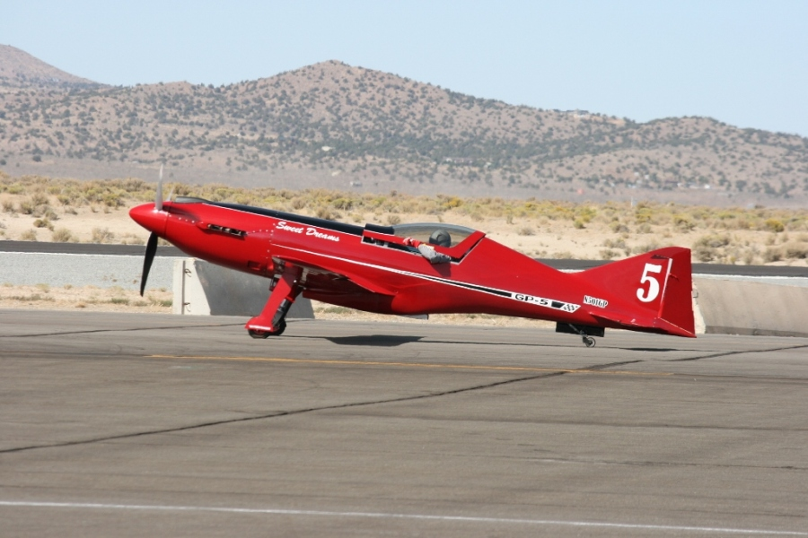 """Sweet Dreams"" a GP-5 in the Sports Class Reno Air Races 2012"