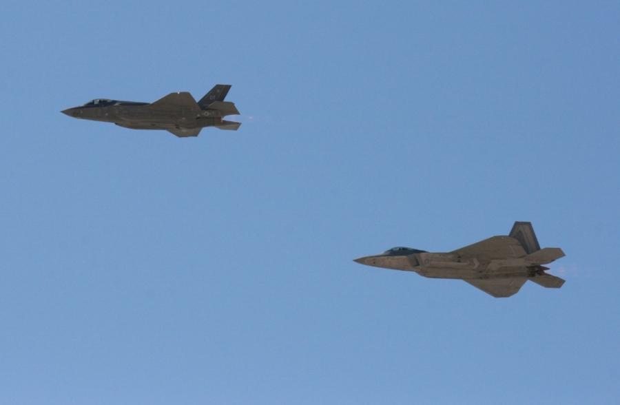 Lockheed-Martin F-22 Raptor and F-35A Lightning II open Air Nation 2014