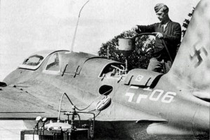 A dangerous process refuelling the Me-163