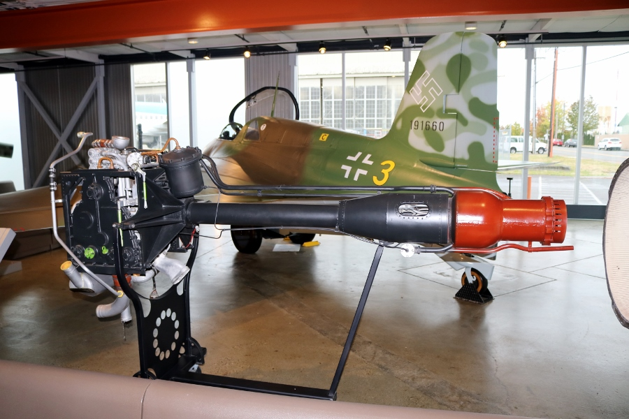 Walter HWK 109-509A liquid-fuel rocket engine of the Me 163B displayed at the Flying Heritage Collection (September 2016)