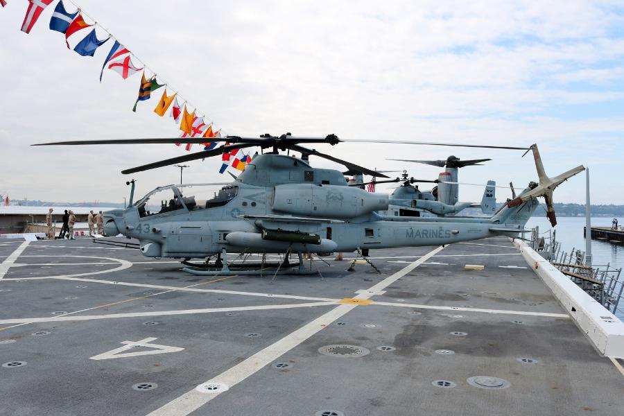 USMC Bell AH-1Z Viper gunship of VMM-163 USS Somerset LPD 25