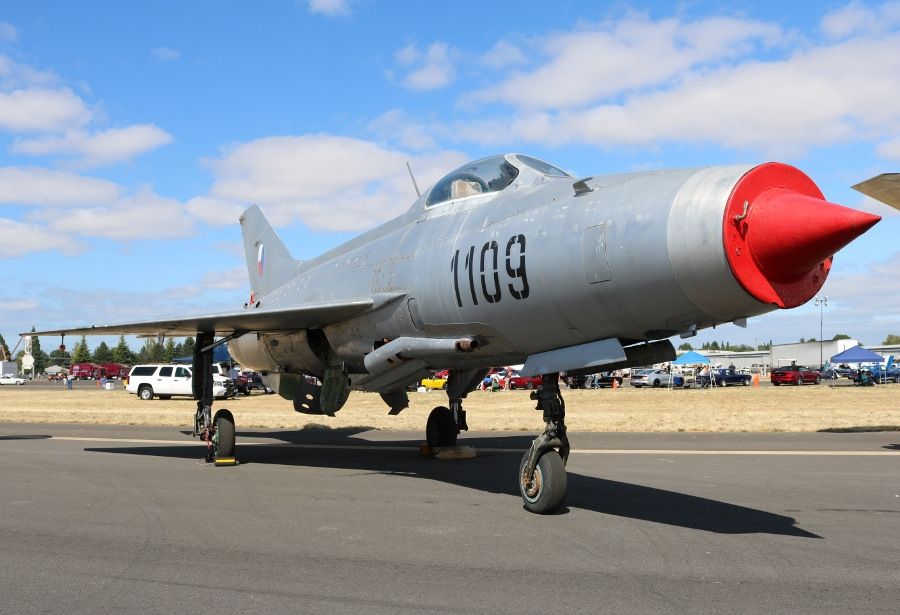 Classic Aircraft Aviation Museum Aero Vodochody MiG-21F-13 Fishbed Oregon International Air Show 2016