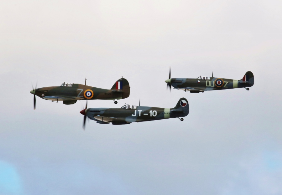 Remember the Few Battle of Britain Vintage Aircraft Weekend 2016