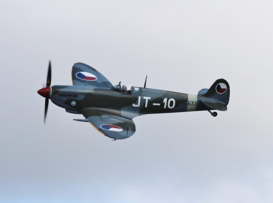 Historic Flight Foundation Supermarine Spitfire Mk.IX Vintage Aircraft Weekend 2016