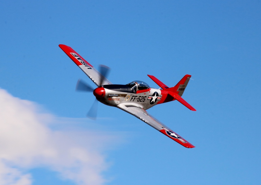 "North American P-51D Mustang ""Val-Halla"" Vintage Aircraft Weekend 2016"