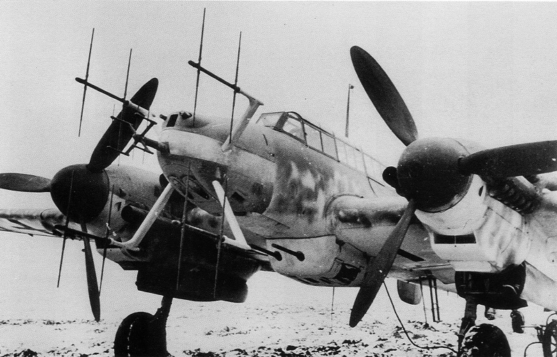 german-night-fighter-messerschmitt-bf-110-g-equipped-with-radar-liechtenstein.png