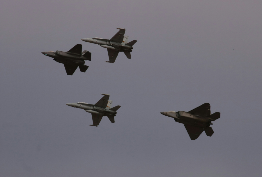 RAAF Lockheed Martin F-35A Lightning II and McDonnell Douglas F/A-18 A/B Hornets with a USAF Lockheed Martin F-22A Raptor - Avalon Australian International Airshow 2919 (Sunday)